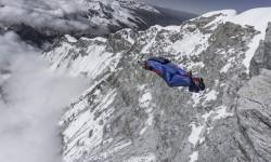 valery-rozov-2017-base-summits-airborne-huascaran