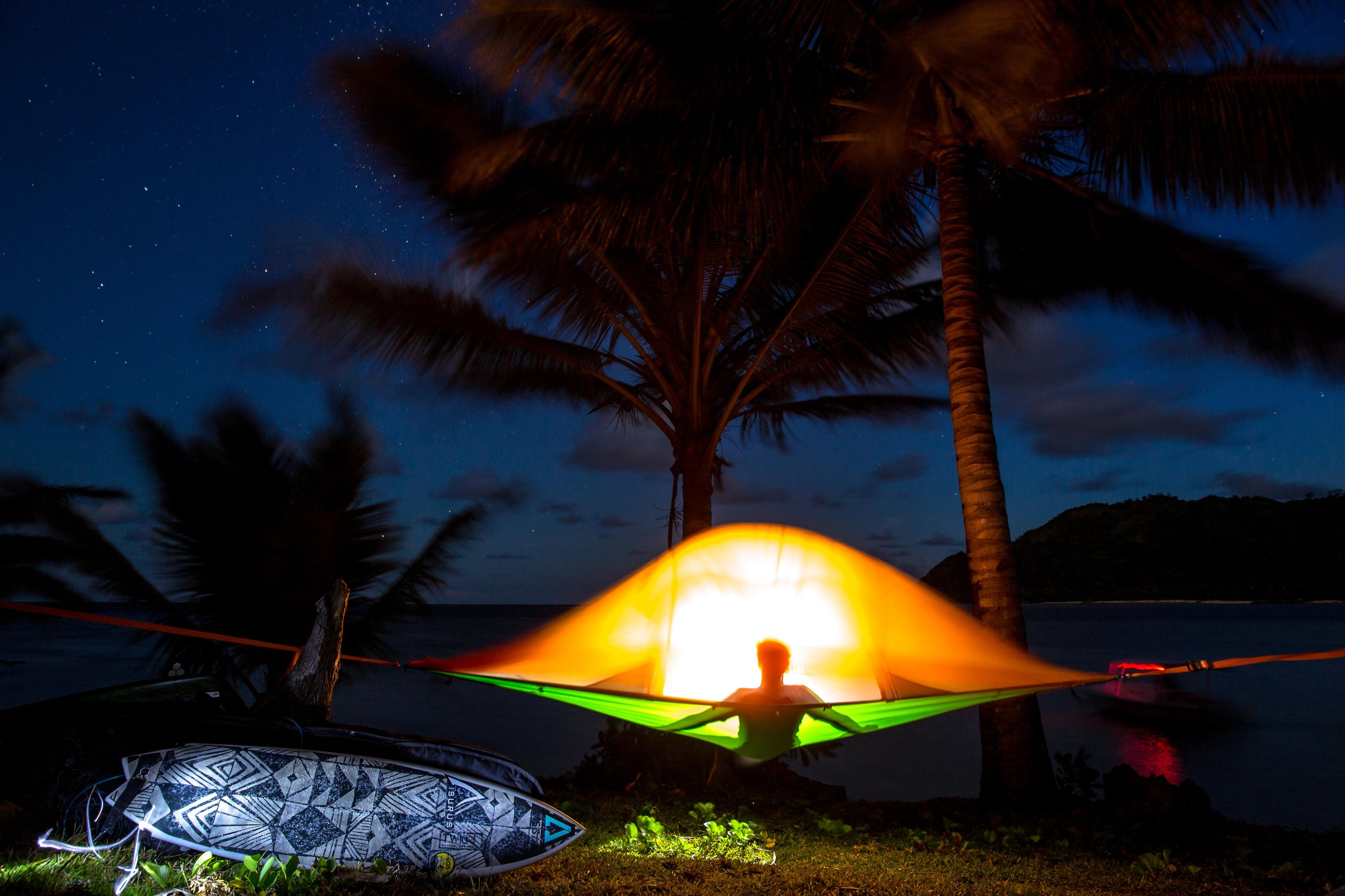 surfing-camping